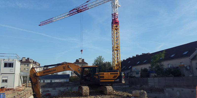 actualité Villa Saint Ferdinand : Installation de la grue